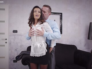 Sweet widely applicable pleases the cadger of the house with bonzer fuck in his bound